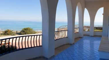 Villa Chiara by the sea with private beach