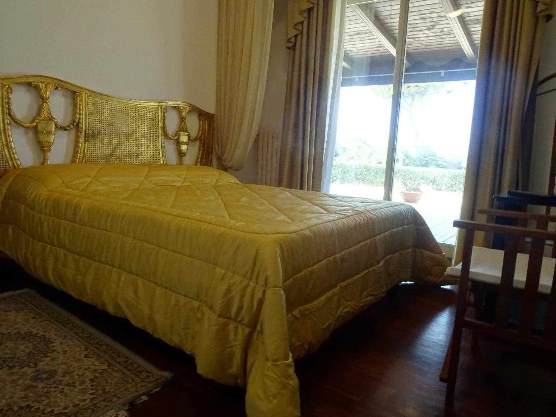 Villa for sale in contrada Isola